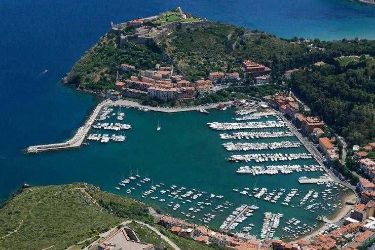 panorama-porto-ercole What to visit Bed and breakfast a Capalbio